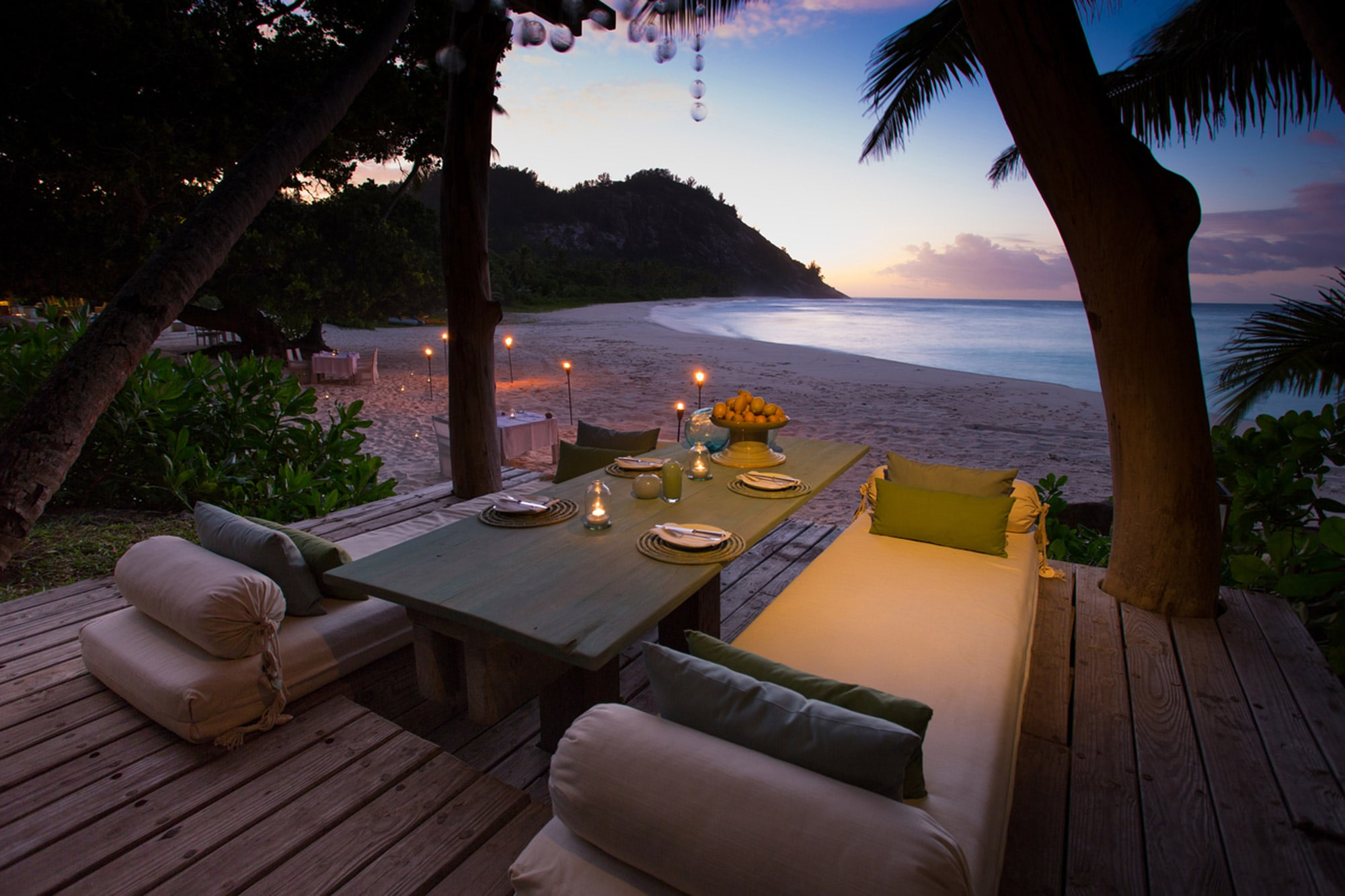 north island the seychelles. Black Bedroom Furniture Sets. Home Design Ideas